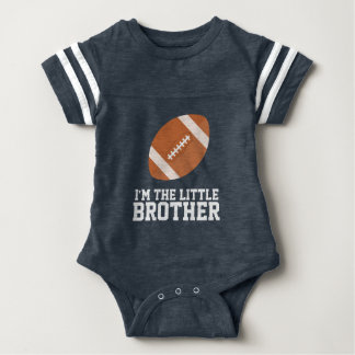"""""""私は弟""""のフットボールのジャージー数です ベビーボディスーツ"""