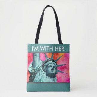 私は彼女と- Liberty女性-自由の女神です トートバッグ