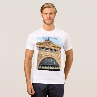 私は愛しますメルボルン(Flindersの通りの場所)を Tシャツ