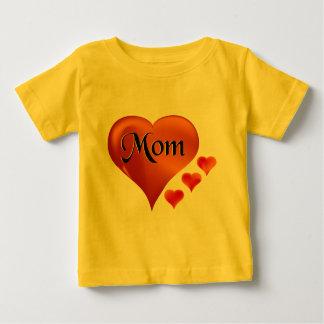 """私は愛します単語""""お母さん""""のお母さんのハートを ベビーTシャツ"""