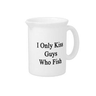 私は採取する人だけに接吻します ピッチャー