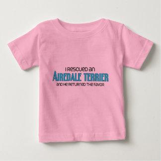 私は救助しましたAiredaleテリア(オス犬)を ベビーTシャツ