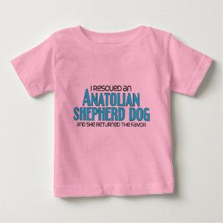 私は救助しましたAnatolian羊飼い犬(メス犬)を ベビーTシャツ