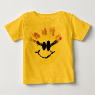 私は日光のベビーです! ベビーTシャツ