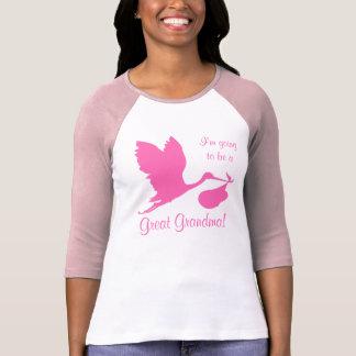 私は曾祖母のショッキングピンクのこうのとりであることを行っています Tシャツ