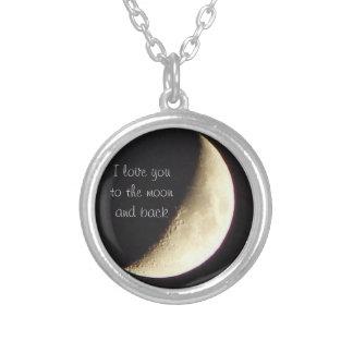 私は月および背部ネックレスに愛します シルバープレートネックレス