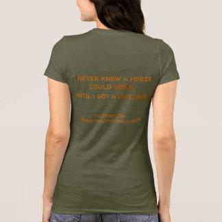 私は決して馬が微笑できることを知りませんでした。 ムスタングのTシャツ Tシャツ