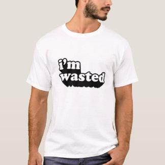 私は無駄になります Tシャツ