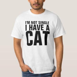 私は独身の私持っています猫のおもしろいなワイシャツをではないです Tシャツ