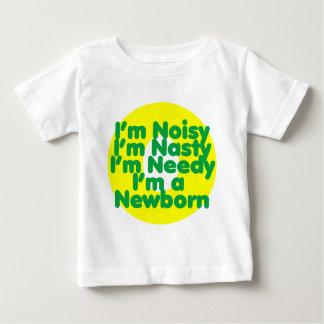 私は生まれたばかりのです ベビーTシャツ