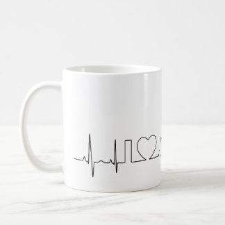 私は異常なecgのスタイルのオースティンを愛します コーヒーマグカップ