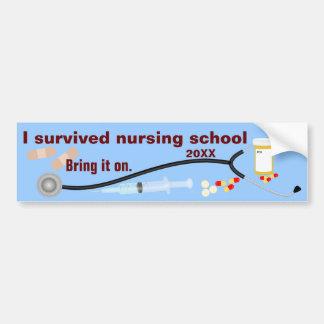 私は看護専門学校を生き延びました バンパーステッカー