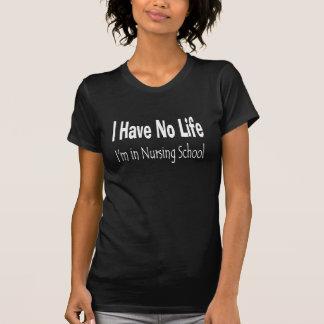 私は私がおもしろいな看護専門学校にいる生命を過しません Tシャツ