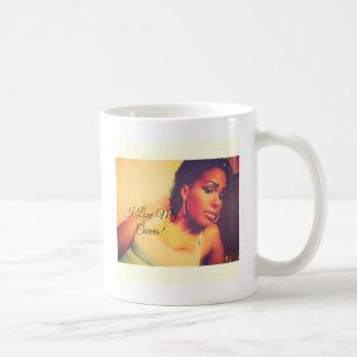 私は私のカーブを愛します! コーヒーマグカップ