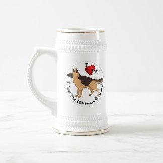 私は私のジャーマン・シェパード犬を愛します ビールジョッキ