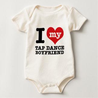私は私のタップダンスのボーイフレンドを愛します ベビーボディスーツ