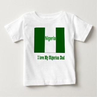 私は私のナイジェリアのパパを愛します ベビーTシャツ