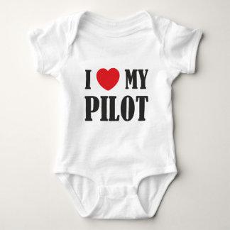 私は私のパイロットを愛します ベビーボディスーツ