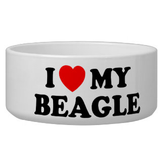 私は私のビーグル犬のペットボウルを愛します