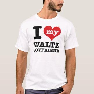 私は私のワルツのボーイフレンドを愛します Tシャツ