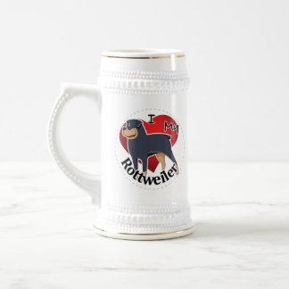 私は私の幸せで愛らしくおもしろいで及びかわいいロットワイラーを愛します ビールジョッキ