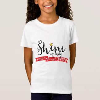 私は私の方法親切な、確信した女の子のワイシャツを照らします Tシャツ