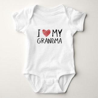 私は私の祖母を愛します ベビーボディスーツ