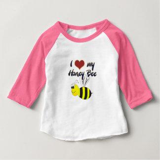 私は私の蜂蜜の蜂のTシャツを愛します ベビーTシャツ