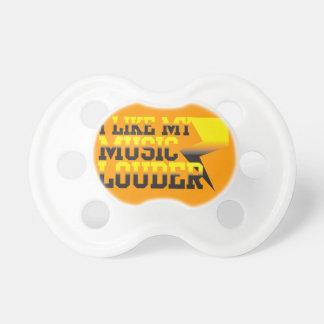 私は私の音楽をより騒々しい好みます! おしゃぶり