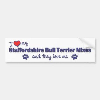 私は私の(犬)スタッフォードのブルテリアの組合せを愛します(数々のな) バンパーステッカー