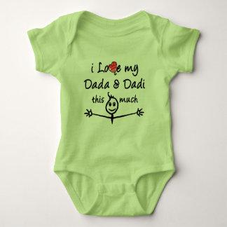 私は私のDada及びDadiを愛します(祖母及び祖父)! ベビーボディスーツ