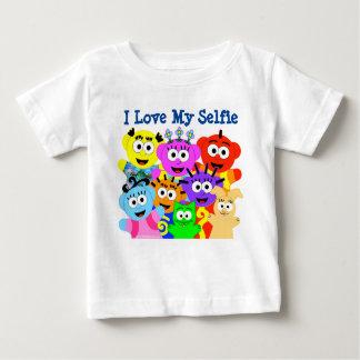私は私のSelfie- PeekABooCrew.comを愛します ベビーTシャツ