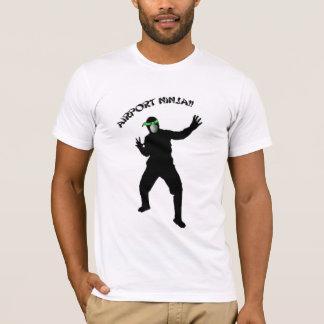 私は空港忍者です Tシャツ
