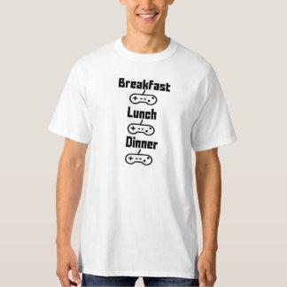 私は空腹です Tシャツ