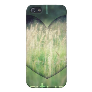 私は自然の芝生のハートを愛します iPhone 5 CASE