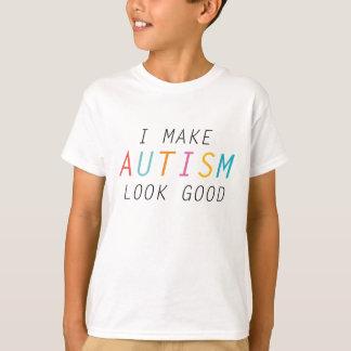 私は自閉症の一見をよくさせます Tシャツ