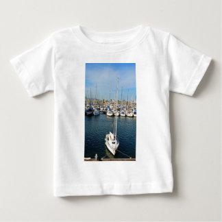 私は航海することを愛します ベビーTシャツ