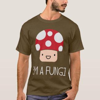 私は菌類のおもしろいの人のきのこです Tシャツ