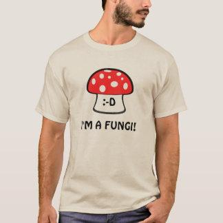 私は菌類のワイシャツです Tシャツ