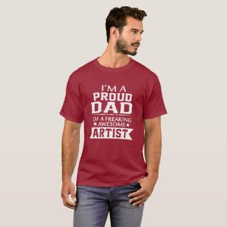 私は誇り高い芸術家のパパです Tシャツ