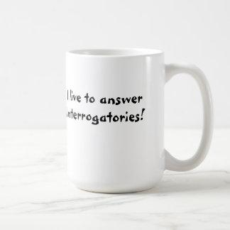 私は質問手続きのマグに答えるために住んでいます コーヒーマグカップ