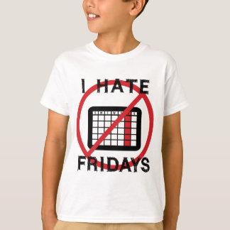 私は金曜日を憎みます Tシャツ