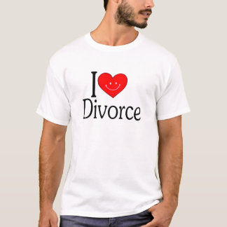 私は離婚を愛します Tシャツ