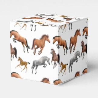 私は馬の好意箱を愛します フェイバーボックス