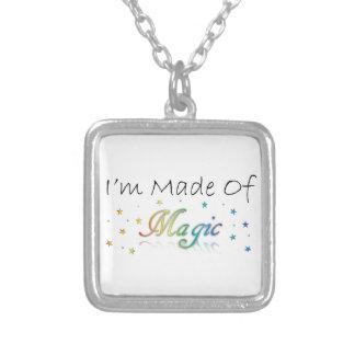 私は魔法のネックレスから成っています シルバープレートネックレス