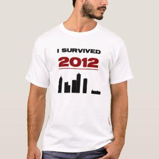 私は2012.を生き延びました Tシャツ