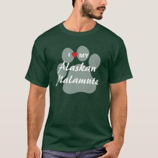私は(ハート)私のアラスカンマラミュートを愛します Tシャツ