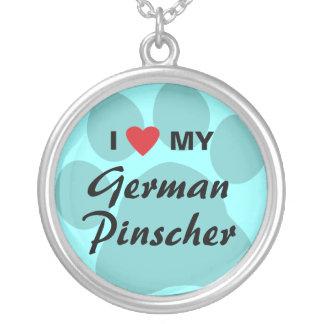私は(ハート)私のドイツのピンシャーを愛します シルバープレートネックレス