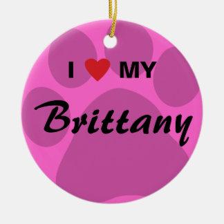 私は(ハート)私のブリッタニーPawprintを愛します セラミックオーナメント