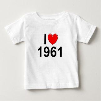 私は(ハート) 1961年を愛します ベビーTシャツ